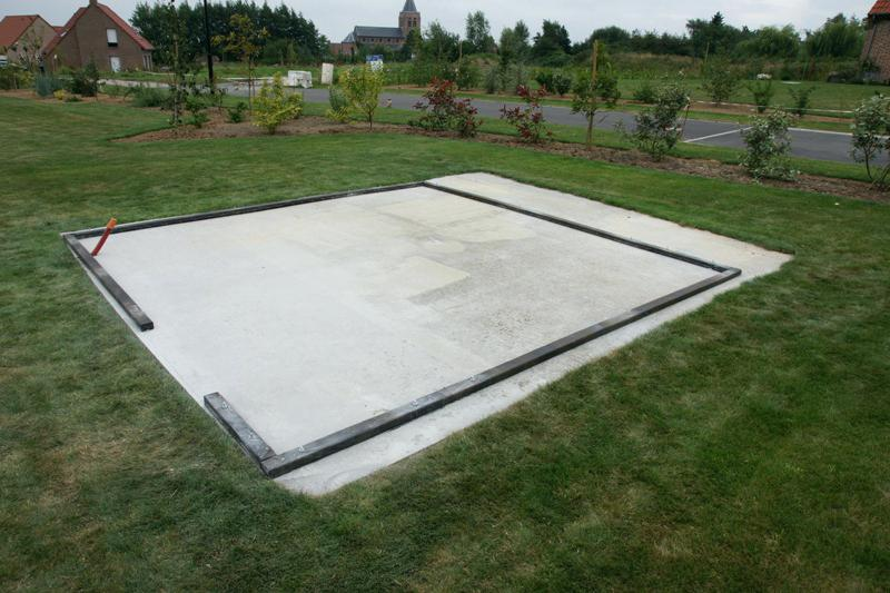 Comment faire une dalle en béton pour un abri de jardin?
